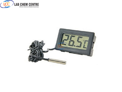 TPM10 Digital Thermometer with Temperature Probe in Pakistan